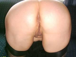 mmmmmmmmmmmmhhhhhhhhhhhhhh nice ass and sweet shaved pussy