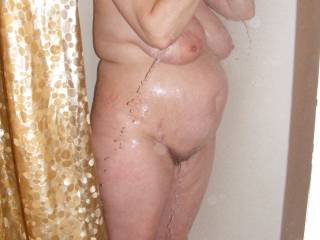 some of her taking a nice hot shower got me all worked up