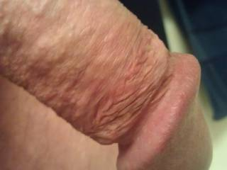 god I want to suck that cock head!