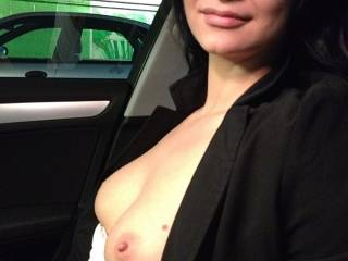 Love to suck on those pretty nipples.