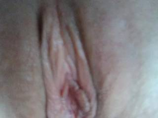 Lesbian slut pussy so close you can almost smell me..
