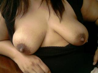 I want to feel those beautiful titties wraped around my hard cock...
