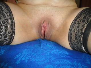 LOVE that HOT pussy!! Would sure LOVE to play with those awesome thighs and lick that AWESOME pussy before I fill it up....
