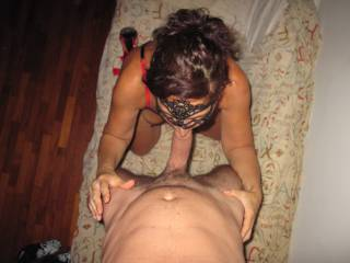 mmm wish she was sucking my cock like that - so hot mm