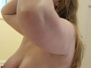 do you like how my heavy milk filled tits look right now?