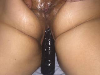 Spreading her tasty asshole with her box filled up