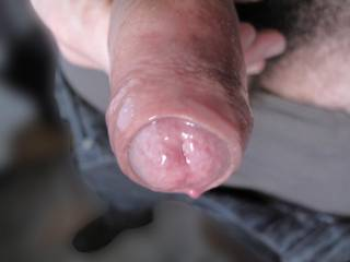 I\'d like to feel your sweet tongue playing with my foreskin...