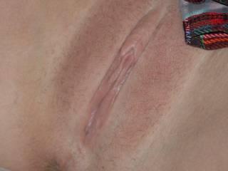 your tight lips would look soooooooooooooooooo good wrapping around what they make throbbing hard