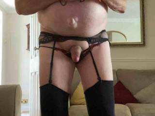 I was looking at zoig porn and just had to put my stockings suspenders on and wank till I came