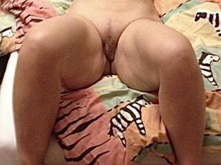 Late on a Party I went upstairs to got fucked. Would you take the opportunity?