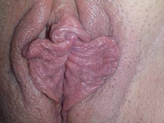 Gorgeous lips n Cit, ILuv to suck n lick  Big Juicylips n clits, I have a vibrating tonguering I think she will luv Im in Woosta, you guys close? Canu uhost my Big headed not cock? I Shoot huge creamyhotloads You  Like hot cumon your swollen Cit? W we spray her face Down with a ton of Jizz, she loves it!