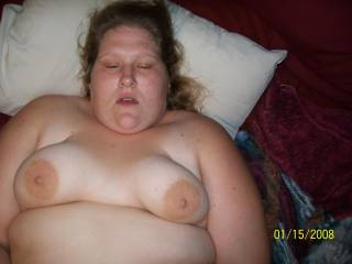 mmmmmmmmmmm, such a sexy lady you a body I would love to kiss and carress for ever and a day xx