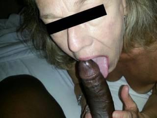 Amazing mature cock sucker