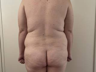 Love her fat ass