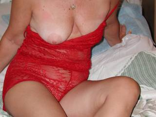 mmmmmmmmmmmmmmhhhhhhhhhhhhhhh sexy wife in red