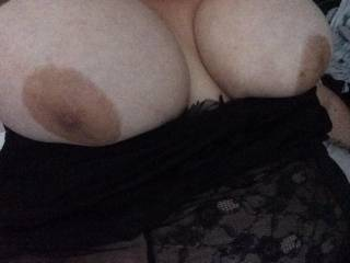 Gorgeous tits! Fancy a trip up north to ride my cock. Love to feel your tight pussy around my shaft.