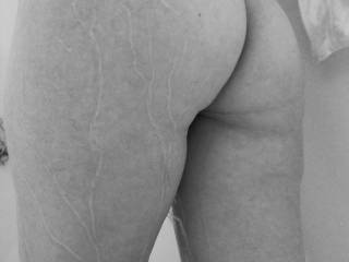 Mmmmmmm I love your absolutely delicious ass...makes my cock hard and my mouth water!!