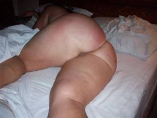 wifes big round ass