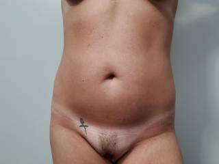 Full frontal of my sexy wife .. would you like to play with her beautiful tits or go straight for her sweet pussy ??