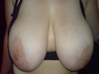 Absolutely wonderfull breasts...only thing missing is a hot load of jizz dripping off the nipples...Alex