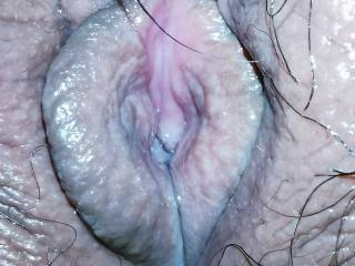 I love how wet my pussy gets when I am feeling horny and want to fuck so badly