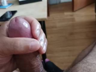 Love to wanking oiled cock
