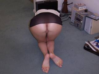 Who would like to see a closer shot of my ass?