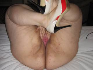 Wife spreading the pink! Who wants to fill her fertile latina pussy with sperm?