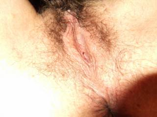 That pic is making my mouth water, and my cock throb.