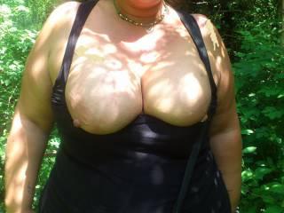 Mmmmmm, would love to titty fuck those!