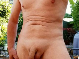 Early morning naked outdoor selfie