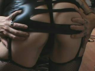 Mmmmmmm ..... SeXXXy ass indeed !! is that latex or PVC ...... that hugs that fine ass just right !! Looking forward to seeing more !!