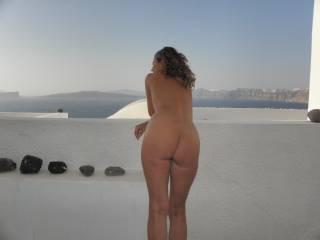 Naked outdoors/Santorini Greece