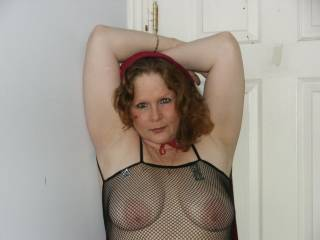 very sexy outfit and the tits WOOOOOOOUUUUUUUUUWWWWWWW