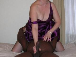 Eating some mature pussy while getting my BBC stroked..