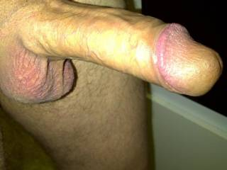 I show my dick to my wife in the kitchen and she toke the photo before she suck it, I cum in her mouth and she swallow every drop!