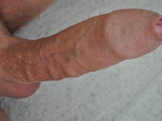 Mmmmm.......love uncut cock...want to lick that tip just before taking it deep in my throat and sucking it dry