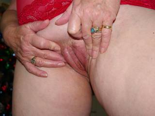 Mature Woman.. xxx what do you think is missing