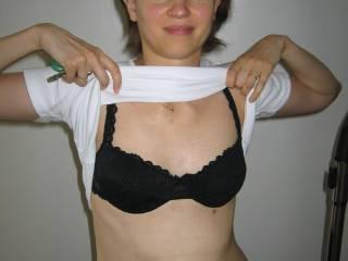 mmmmmm nice bra holding your beautiful tit's