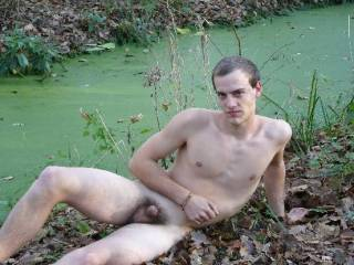 you are a hot looking guy and a very hot cock love to suck you konner