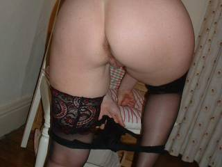 mmmm, a loverly hot,taut looking ass.xxxx  Id love her tasty ass,over and over again.xx