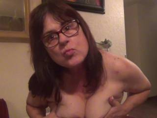 take you pick ,on my face or my tittys gets your cum?